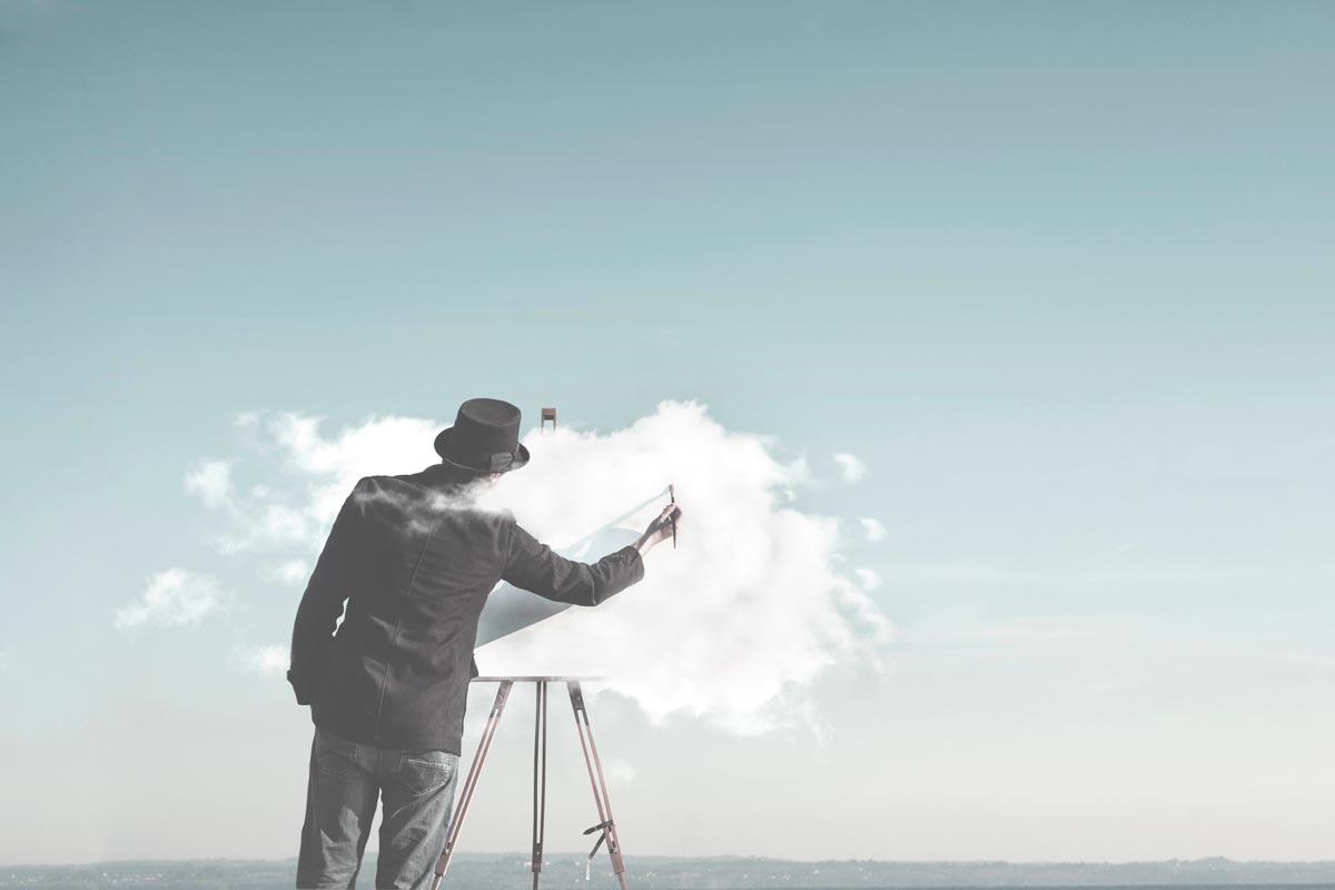 空に絵を描く人