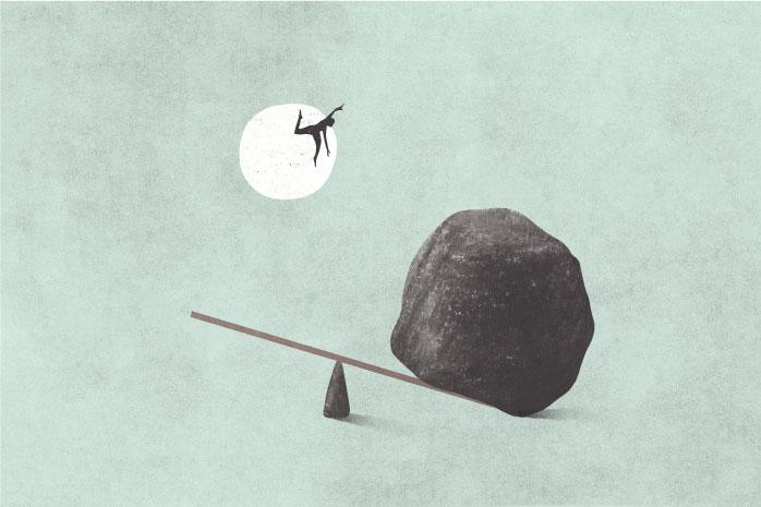 大きな石によって高く飛ぶ人のイラスト